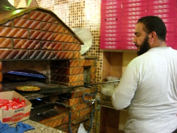 Exploring Alexandria, Egypt - Pizza Lunch