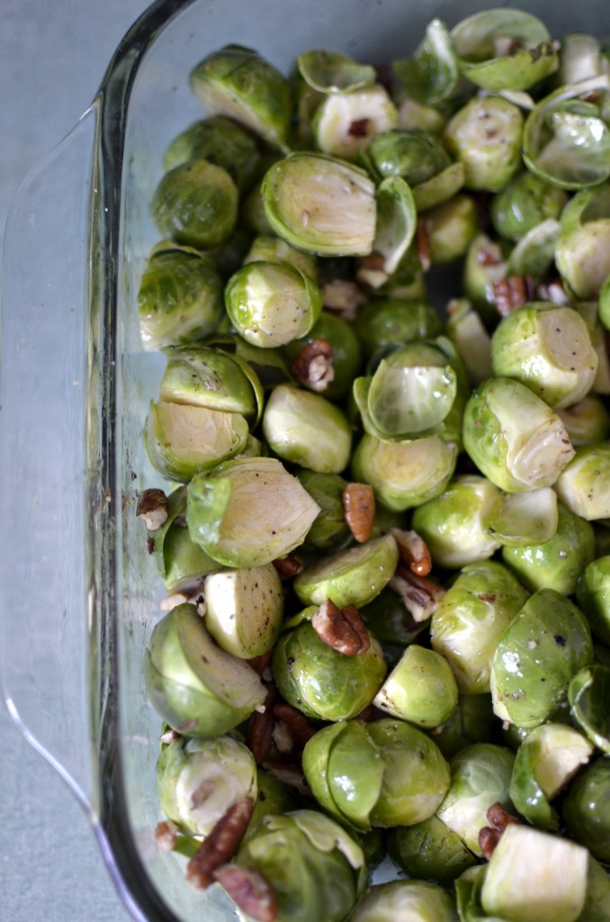 Maple-Roasted Brussels Sprouts with Toasted Pecans