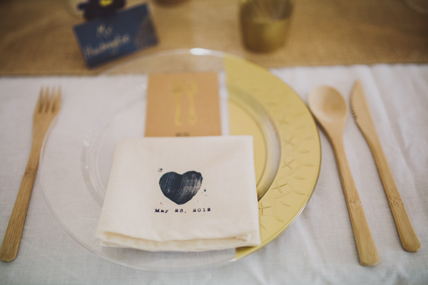 Gilded Disposable Plastic Plates : nice plastic plates for wedding - pezcame.com