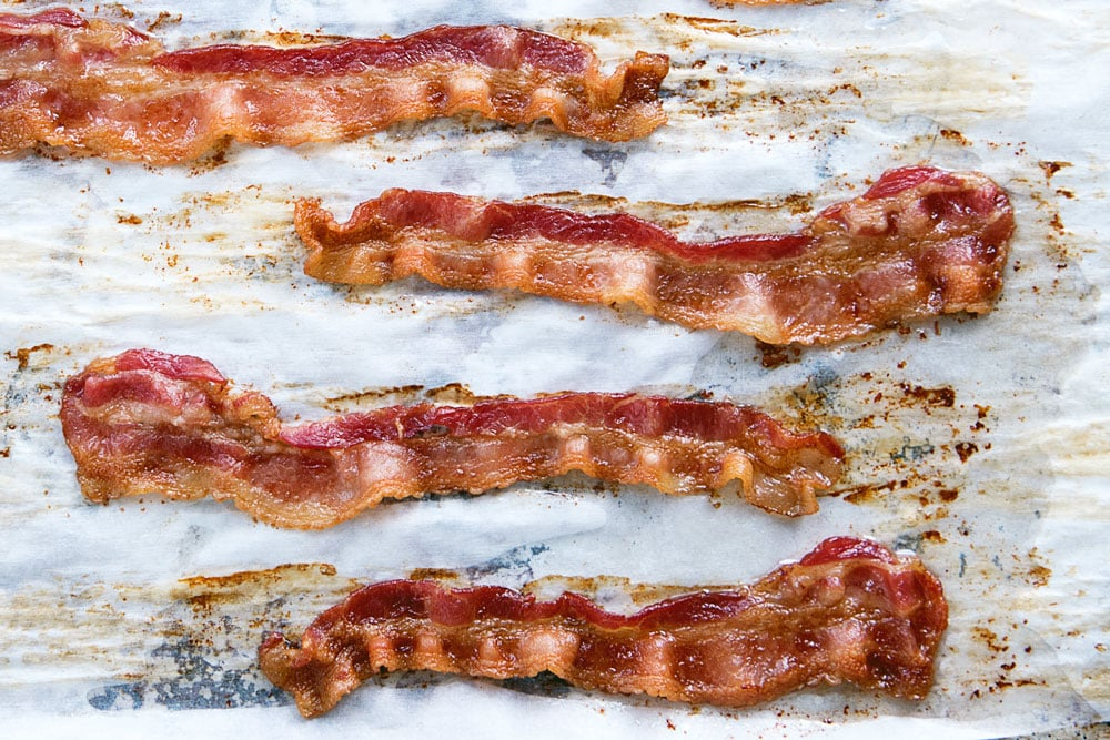 How to Make Bacon in the Oven - Cooking Time and Recipe
