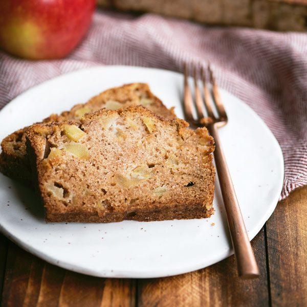 Quick Apple Bread Recipe with Cinnamon Sugar