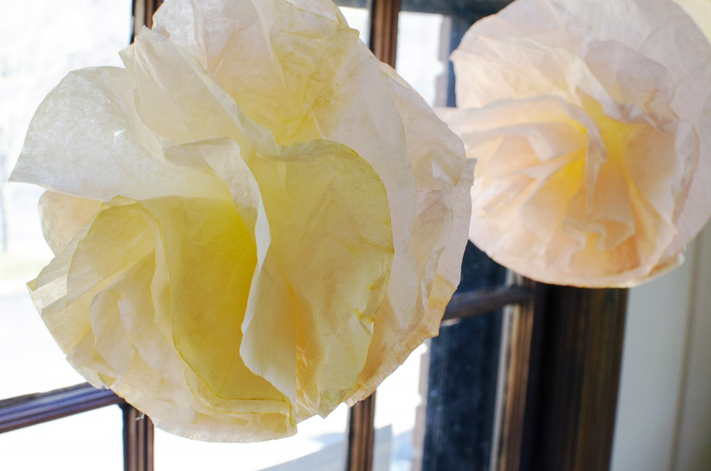 DIY Paper Coffee Filter Garland for Decorations or a Wedding!