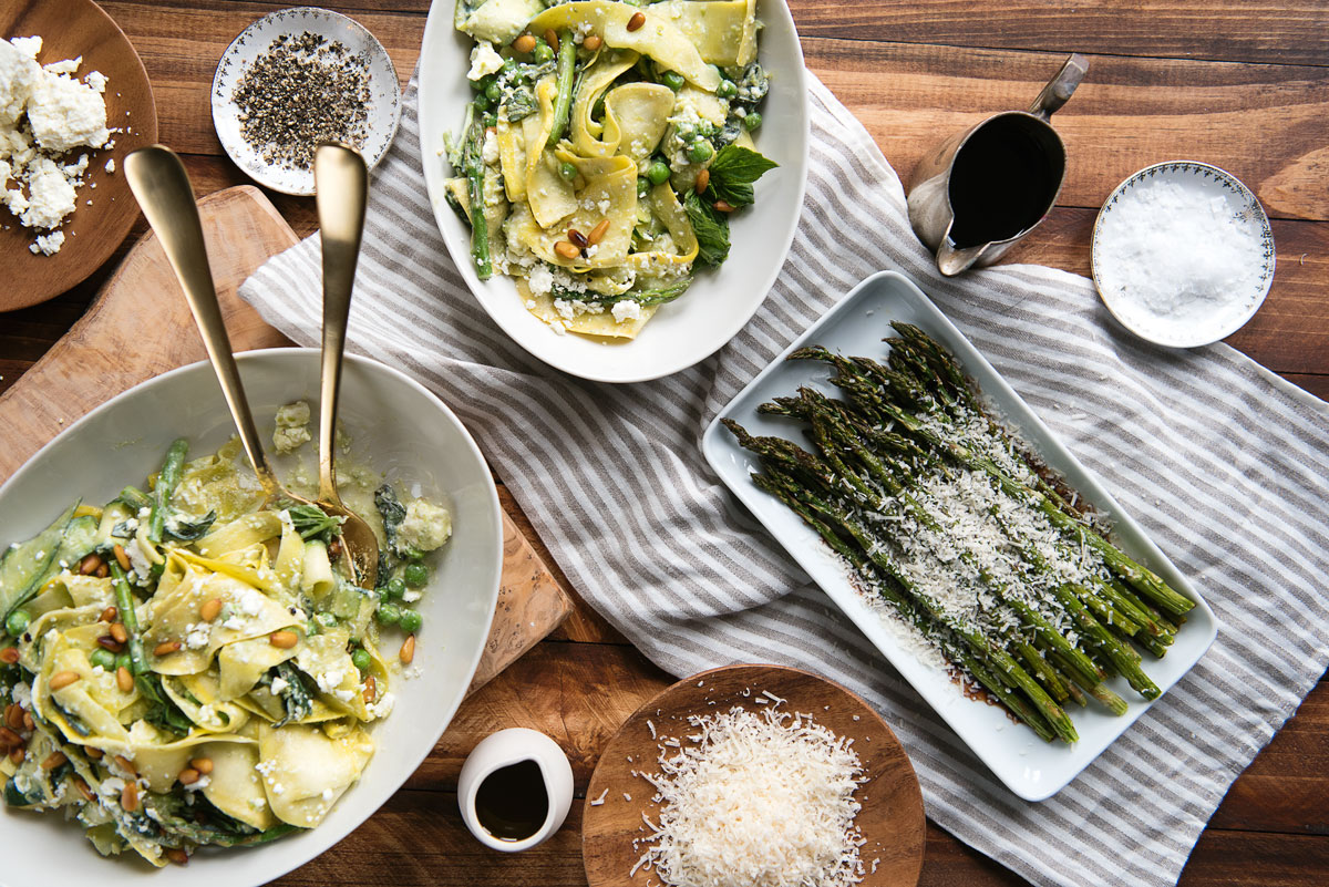 Easy Roasted Asparagus Recipe with Balsamic Vinegar and Parmesan