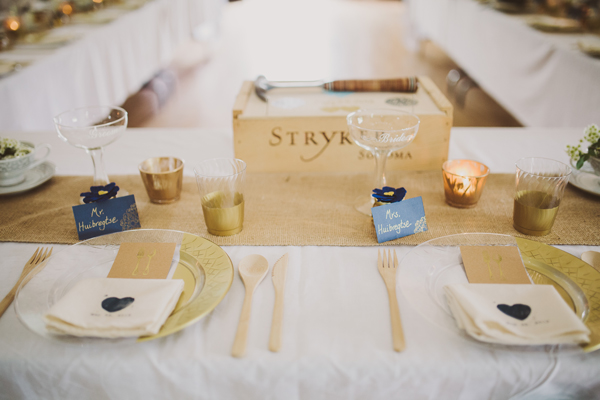 Wedding Details - Rustic Gold and Burlaps DIYs