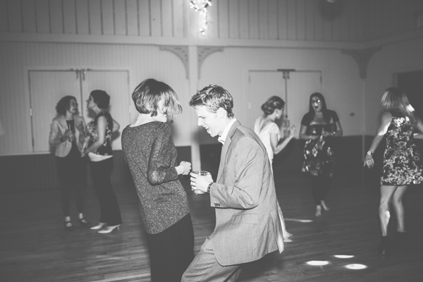 Wedding :: Dance Party - Kinsey Mhire Photography