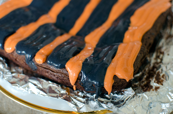 How to Make Halloween Frosted Brownies
