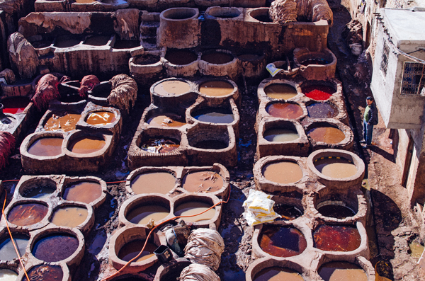 Morocco Honeymoon :: Visiting the Fez Tanneries