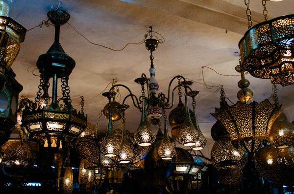 To Do in Fez Morocco :: Exploring the Medina