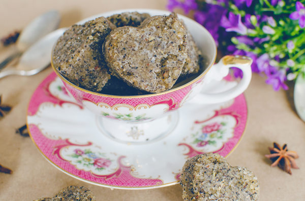 Homemade Chai Body Scrub - the perfect Valentine's Day gift!