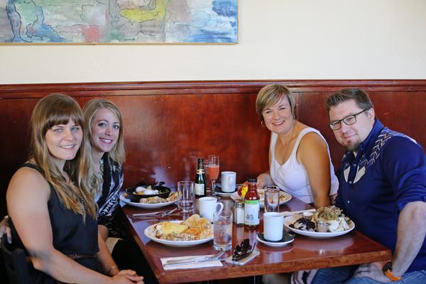 Albany Oregon Travel Guide - Frankie's Restaurant