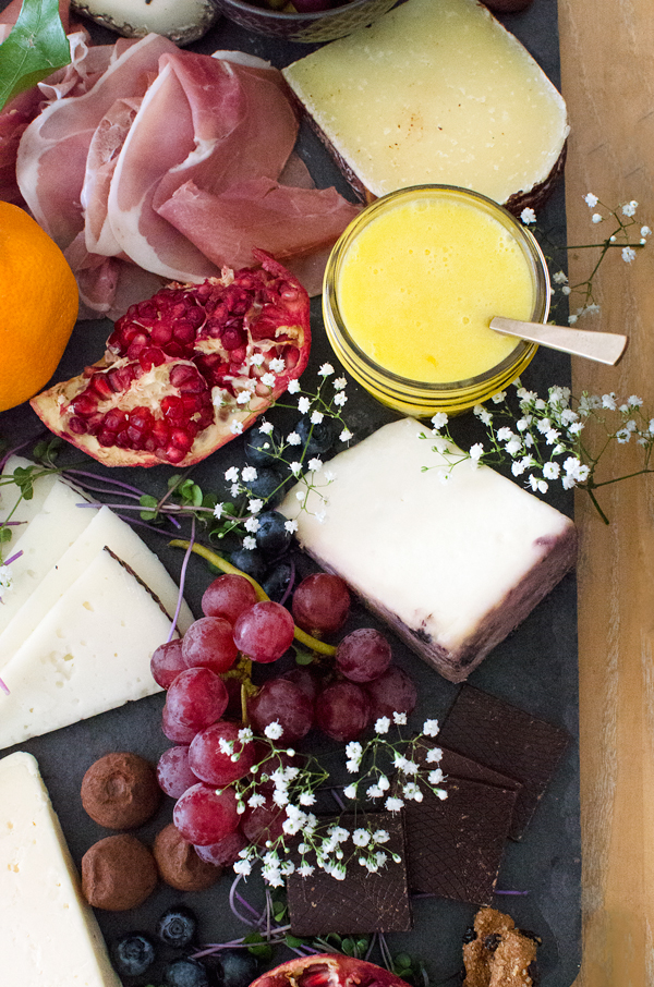 Decorating a cheese and fruit plate + an amazing lemon curd recipe!