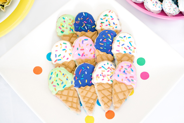 Tutorial for Decorated Ice Cream Sugar Cookie!
