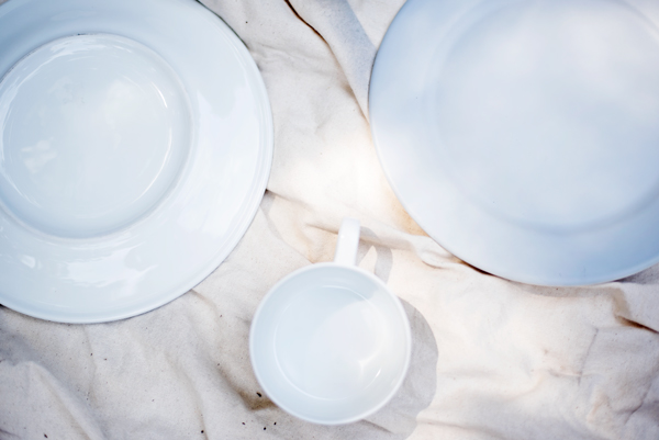 Materials for making a DIY cake platter
