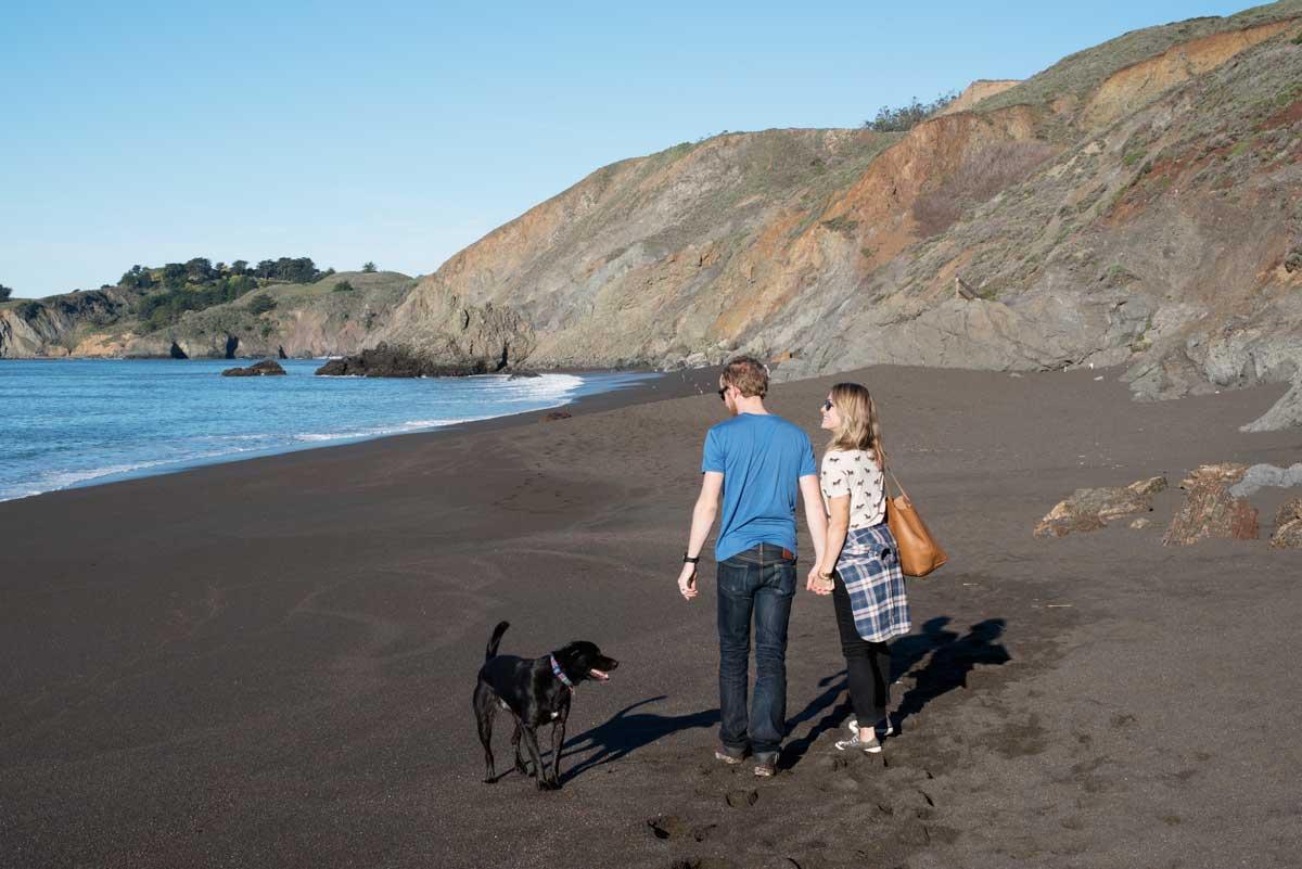 Hiking Black Sands Beach