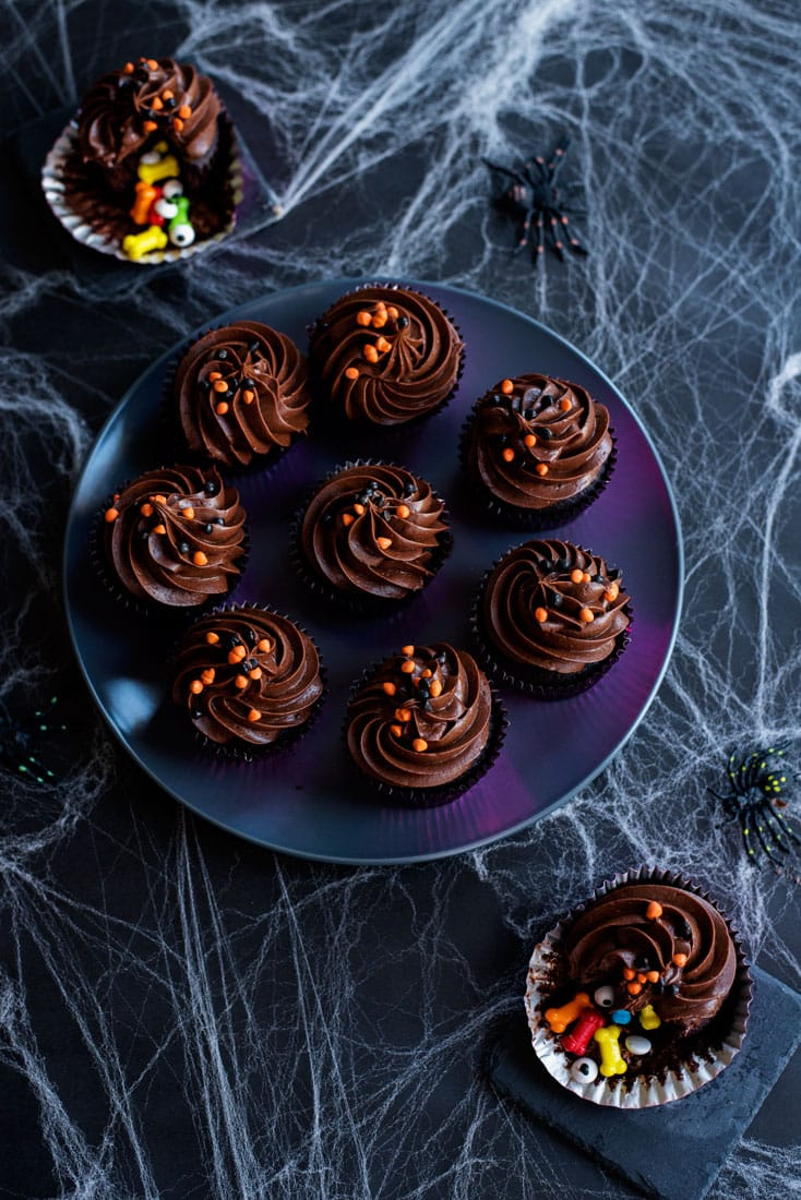 Fun Halloween Recipe - DIY Stuffed Halloween Cupcakes with Bones and Eyeballs!
