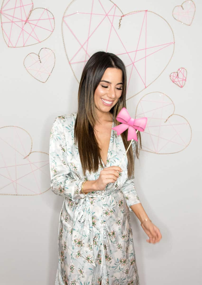 Make a Geometric Heart Valentines Day Photobooth Wall