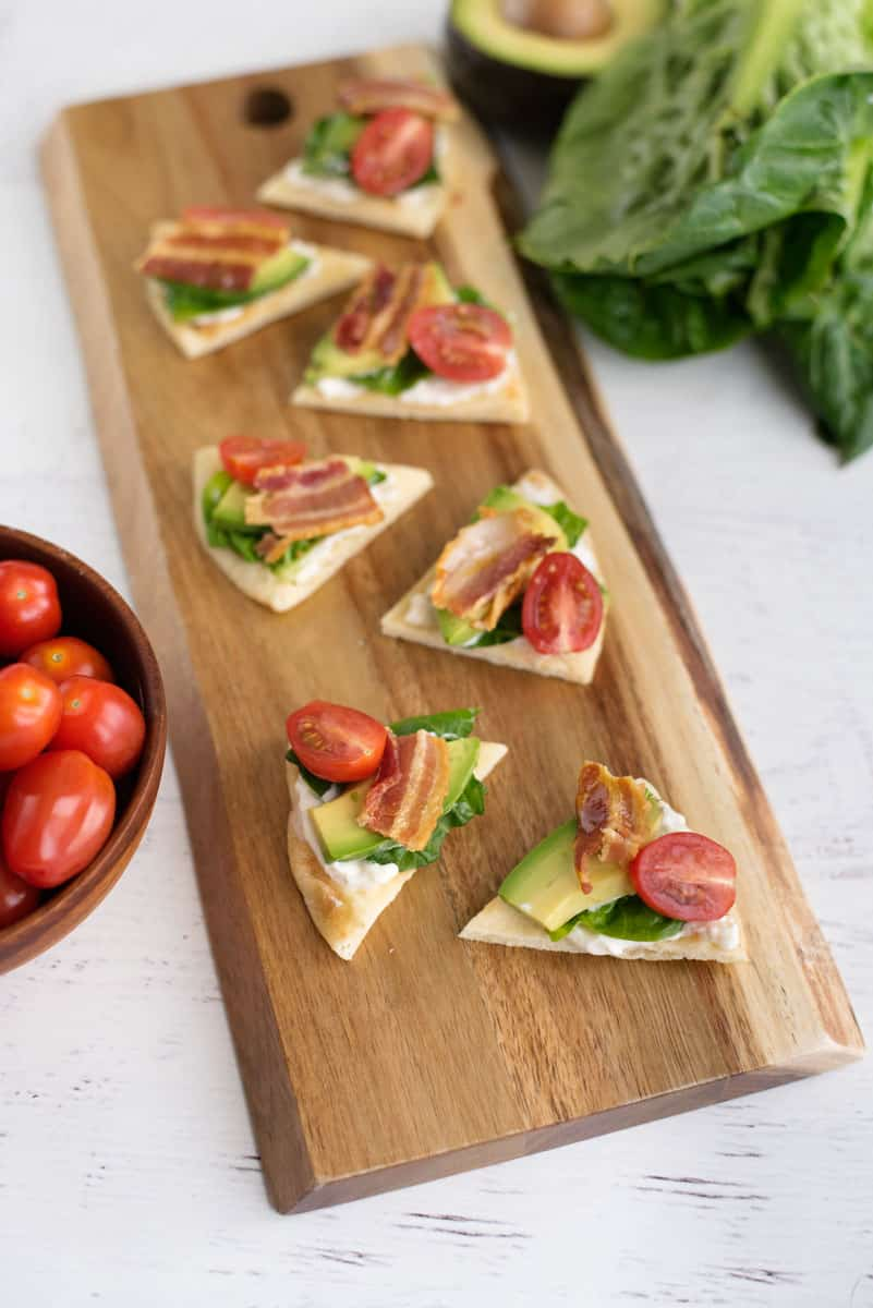 Naan BLT Bites - Easy Superbowl Recipe with Bacon, Lettuce, Tomato, Avocado