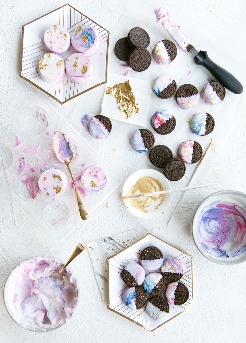 How to Make Unicorn Oreos - Marbleized White Chocolate Dipped