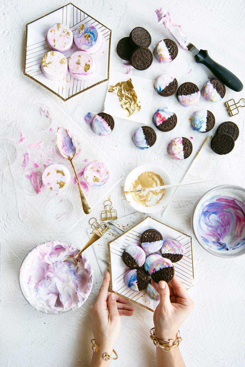 Pastel Unicorn Party Treats - Marbleized White Chocolate Dipped Oreos