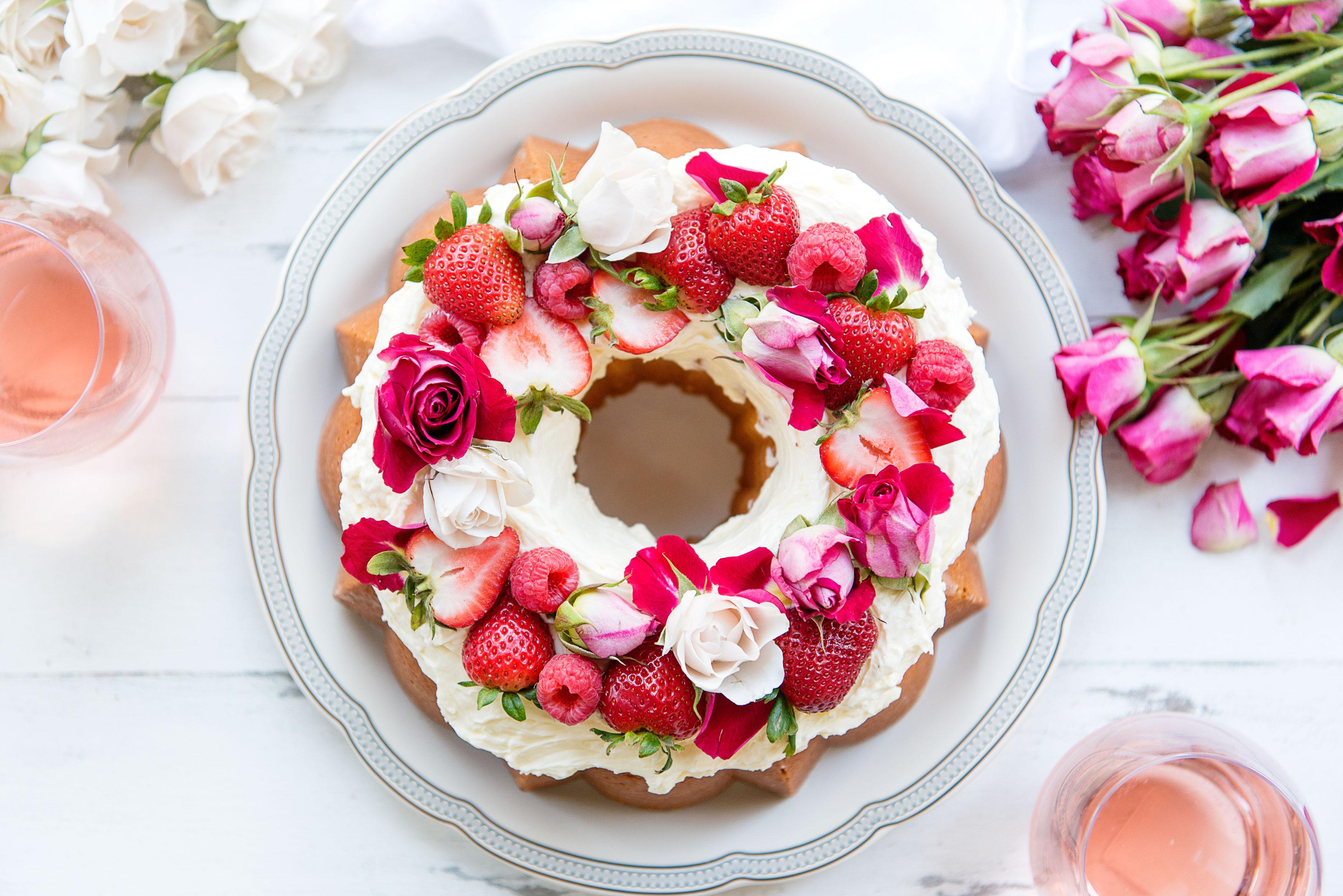 Stunning Vanilla Bundt Cake Recipe Rosewater Ercream Edible Flowers