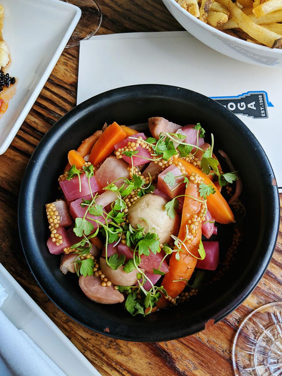 Saratoga Restaurant - Where to Eat San Francisco, CA Tenderloin Neighborhood