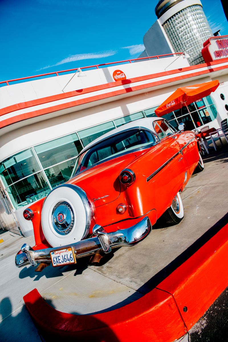 What to Do Orange County Travel Guide - Rubys Diner Laguna Beach