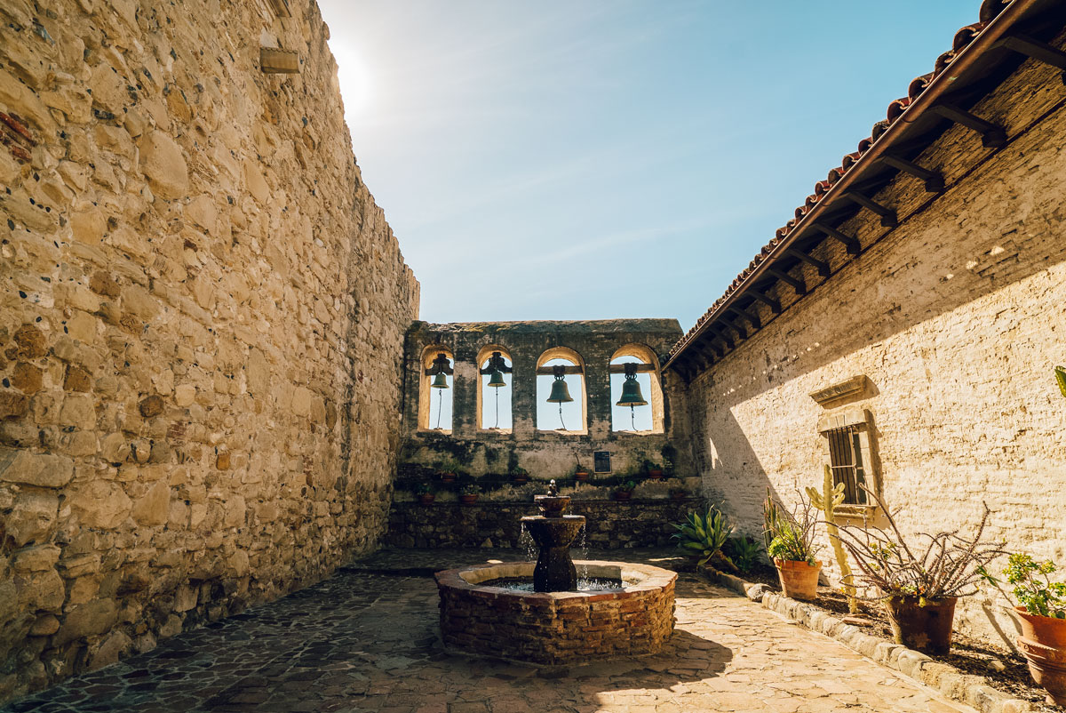 What to Do Orange County Travel Guide - Mission San Juan Capistrano Tour