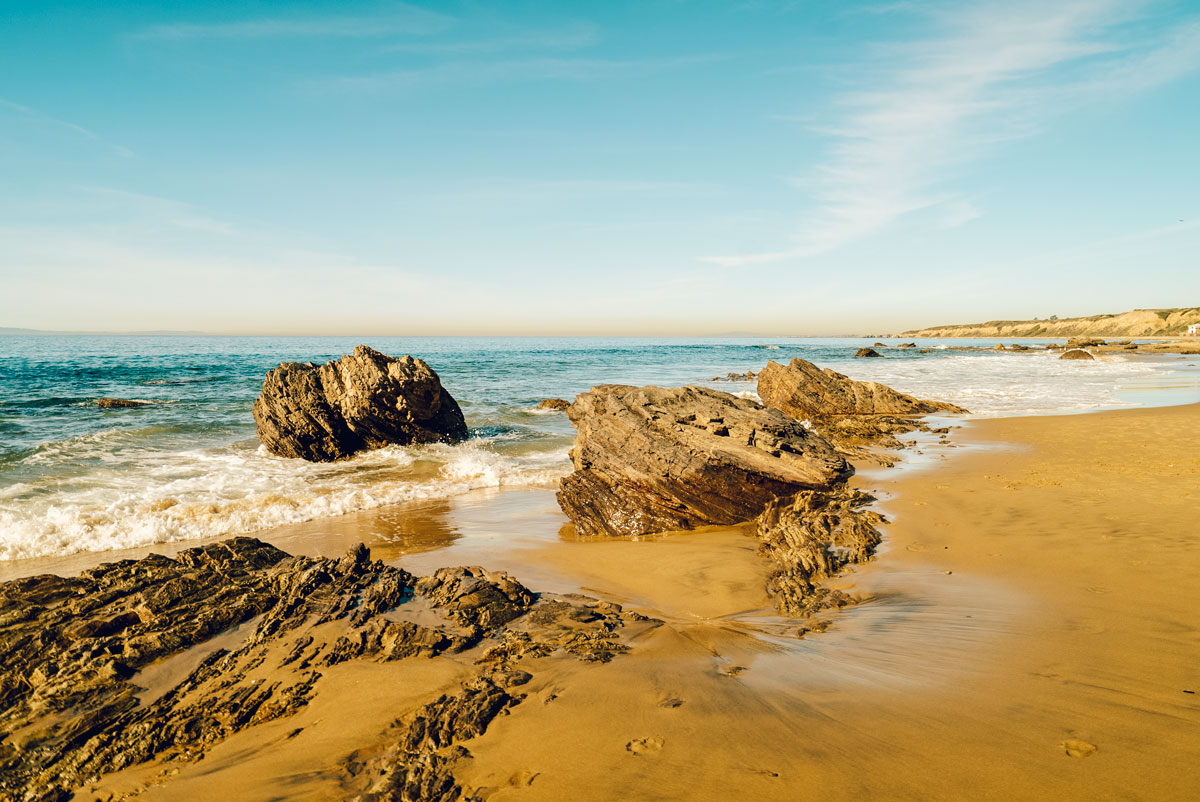 What to Do Orange County Travel Guide - Newport Beach Crystal Cove