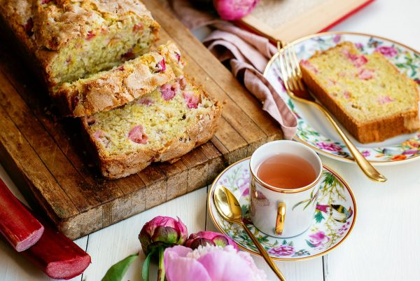 Super Easy Rhubarb Quick Bread Recipe